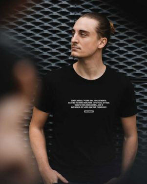 Zone T-shirt Words Black